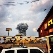 West Texas fertilizer plant explosion demolishes homes, kills residents